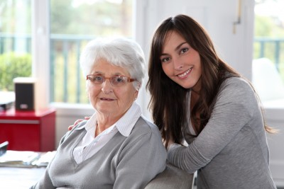 6_considerations_hiring_a_home_care_company_to_support_your_loved_one_with_parkinsons_disease_ezra.png